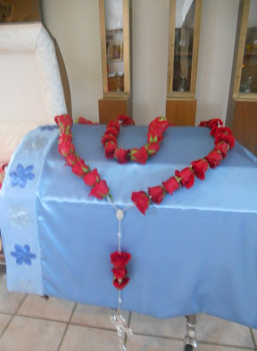 The first large fresh rose rosary was this one, for and inspired by Barbara
